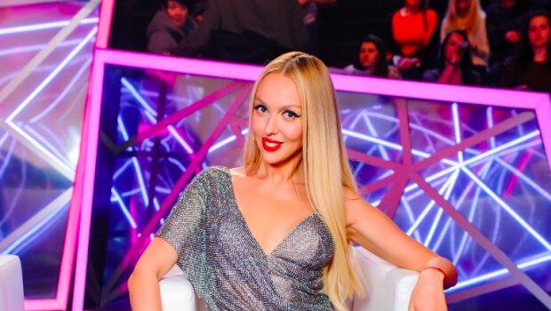Полякова восхитила спортивной фигуркой в мини-бикини: эта попа сведет вас с ума