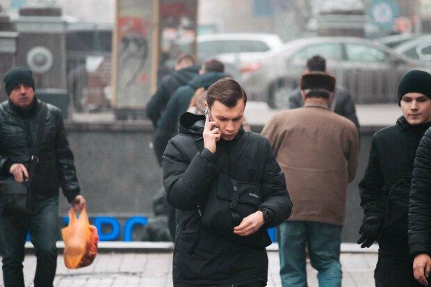 """Из Киева исчез """"Ежик в тумане"""", легендарную скульптуру """"поселили"""" в ларек: прощай, друг"""