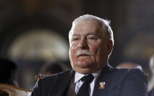 Польского экс-президента обвинили в болтливости