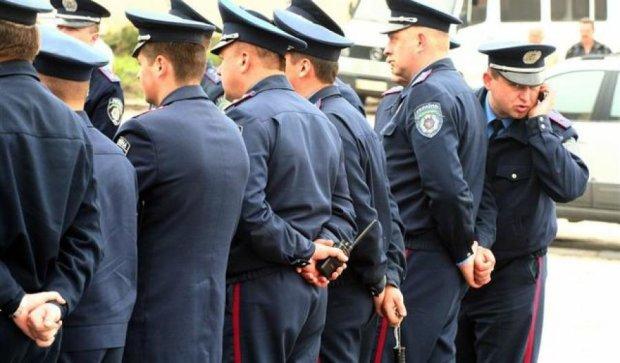 Одеських міліціонерів викрили на сприянні проституції