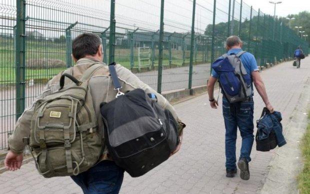 Українських заробітчан десятками відловлюють в Європі