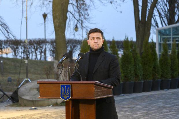 """Главное за ночь: """"голодное"""" обращение Зеленского, резкий рост пенсий и экологическая катастрофа под Одессой"""