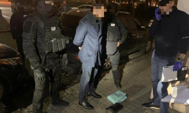 ДБР затримало одного з керівників ДФС України