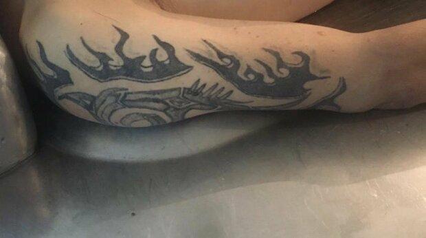 """У Львові копи просять впізнати загиблого чоловіка - """"Без документів і весь в татуюваннях"""""""