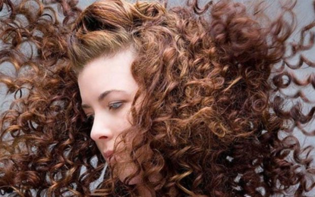 Косметологи подсказали, как предотвратить старение волос