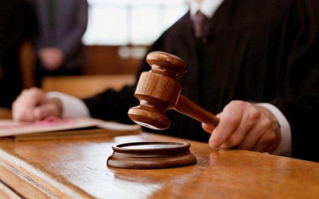 """Убив батька через """"дитячі образи"""": суд виніс жорсткий вирок нелюду"""