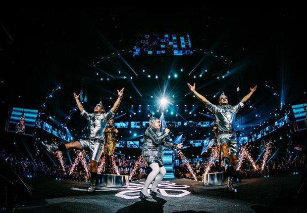 """""""Дикі танці"""" і """"Лаша Тумбай"""": Сердючка і Руслана гучно повернулися на Євробачення, відео вибуху"""