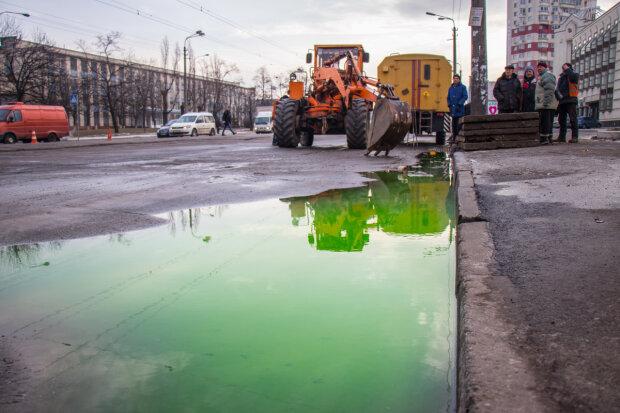 """Краны – в узел: в Киеве резко отключили воду, - """"сохнут"""" сразу несколько районов"""