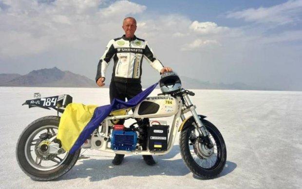 Знай наших: український мотоцикліст побив світовий рекорд