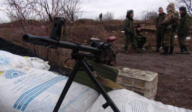 Бойовики обстріляли бійців АТО  в День Перемоги