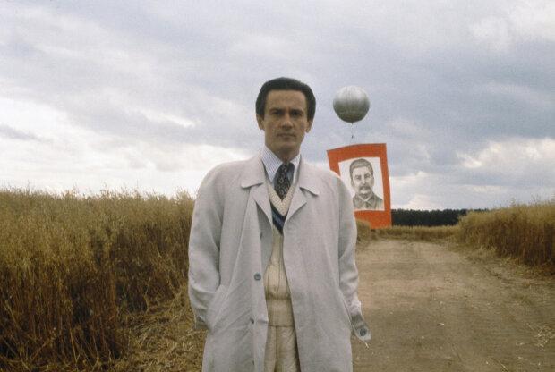 """Зірка """"Стомлені сонцем"""" Меньшиков потрапив до реанімації: лікарі зробили все можливе"""