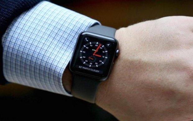Розумний годинник Apple знову врятував життя