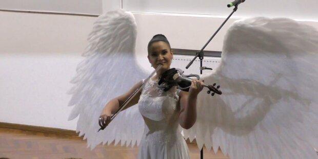 Слідом за Аллою Мазур рак знайшли у відомої скрипальки з Дніпра - як допомогти улюбленій артистці