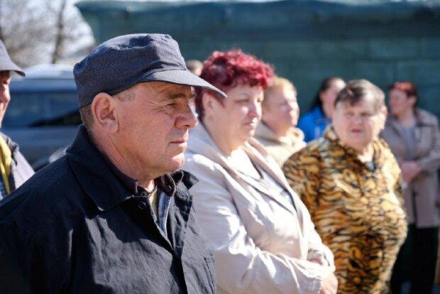 У мережі показали тотальну розруху та бідність Донбасу: фото, у які важко повірити