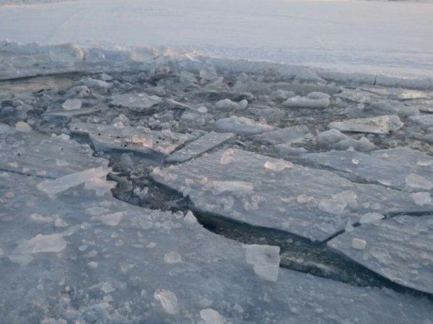 Провалился под лед: прогулка по реке в Харьковской области закончилась трагедией
