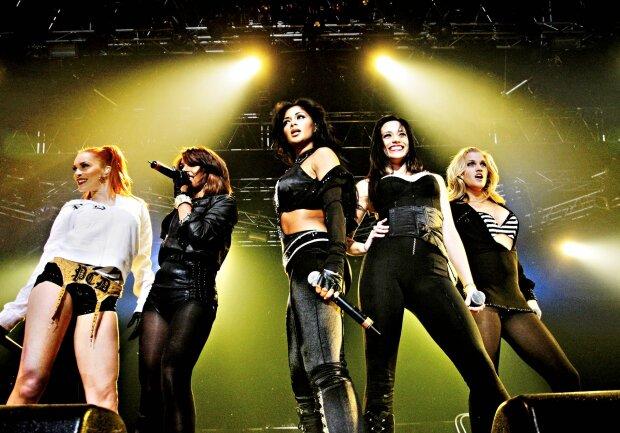 40-летние девочки из Pussycat Dolls решили вернуться на сцену полуголыми
