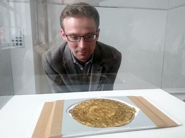 Золотий диск Мурдофа: історія древнього астрономічного календаря, який вважали простим талісманом