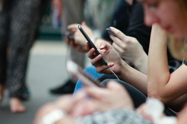 Спасите свой смартфон: какие  вещи лучше перестать делать с устройством