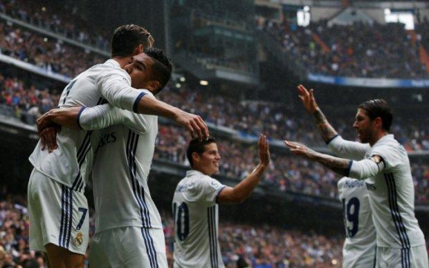 Реал на последних минутах победил Валенсию
