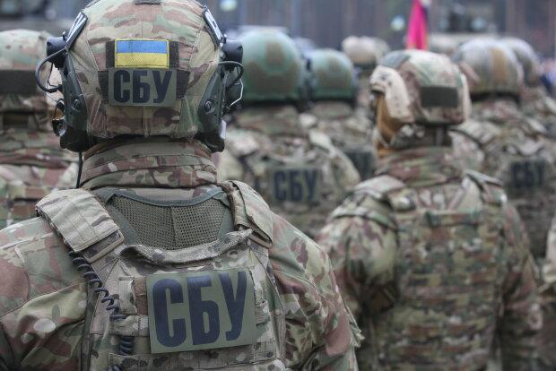 """Під Франківськом накрили голову митниці, СБУ давно """"придивлялася"""": кадри спецоперації"""