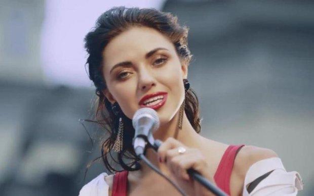 Все время билась головой: украинская певица заблудилась в заграничном подземелье