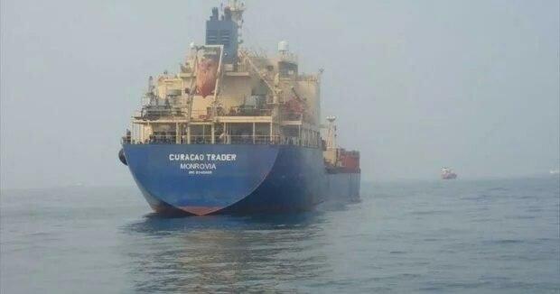 Корабель, захоплений піратами