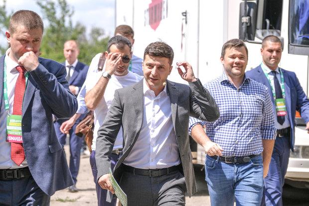 """ЦВК обратилась к """"Слуге народа"""": выдворить из партии немедленно"""
