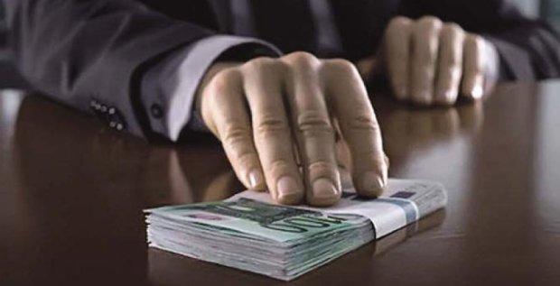 В России смягчили наказание за взятки
