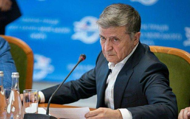 Українці показали, як виглядатимуть Зеленський, Порошенко, Тимошенко та інші у старості: неможливо стримати сміху