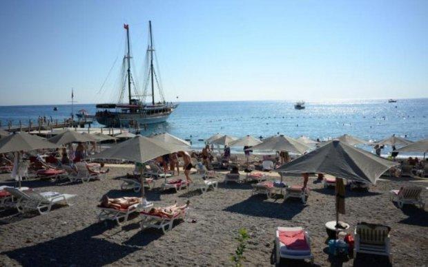 В Туреччині загадково загинув турист з Росії