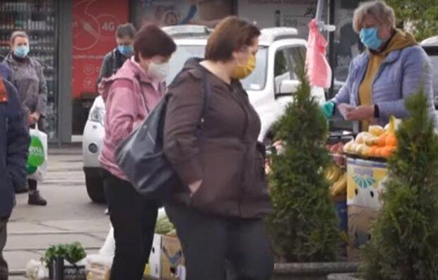 """Тернополь рискует попасть в """"красную зону"""" - ни транспорта, ни ресторанов"""