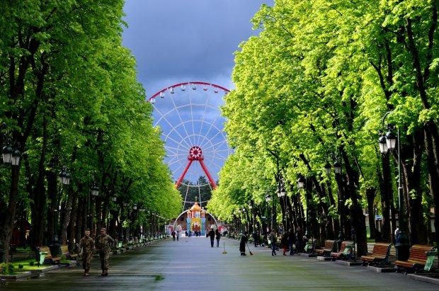Погода в Харкові на 25 червня: спека відступить, діставайте парасолі