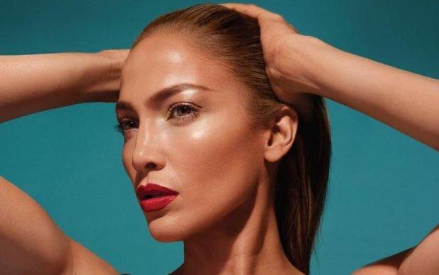 Позаздрить кожна: Дженніфер Лопес в 49 показала ідеальне тіло
