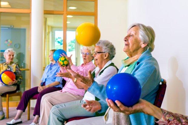 Нейрологи рассказали, как просто защитить себя от слабоумия в старости