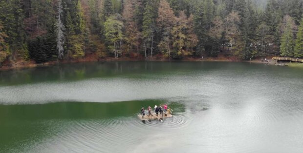 Озеро Синевир, фото: скриншот из видео