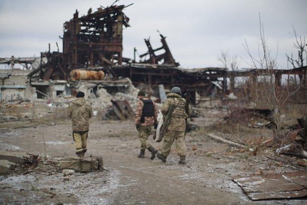 Путінська наволоч вже нікого не лякає: під Донецьком українські воїни героїчно взяли нові висоти, відбивши зухвалу атаку терористів
