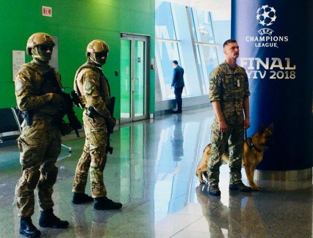 ″Зелений коридор″ не допоміг: у Борисполі затримали турка з 28 кг бурштинових прикрас