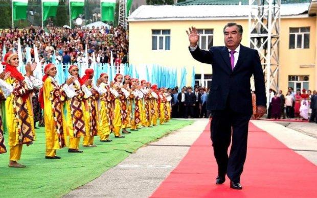 Президент Таджикистану пропав у Варзобській ущелині