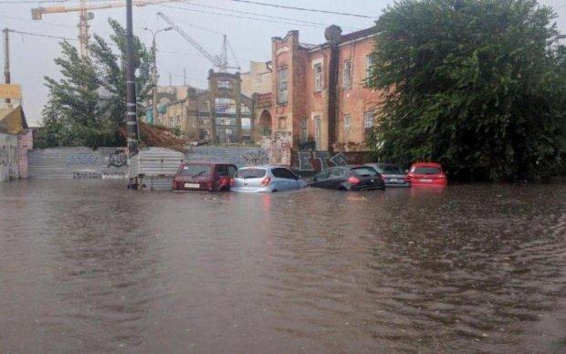 Одну из визиток Киева стихия уничтожила за пять минут: фото