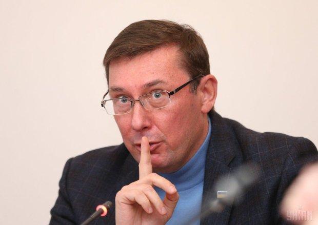 """Луценко заявил об очередной """"ниточке"""" по делу Шеремета: круг подозреваемых сужается"""