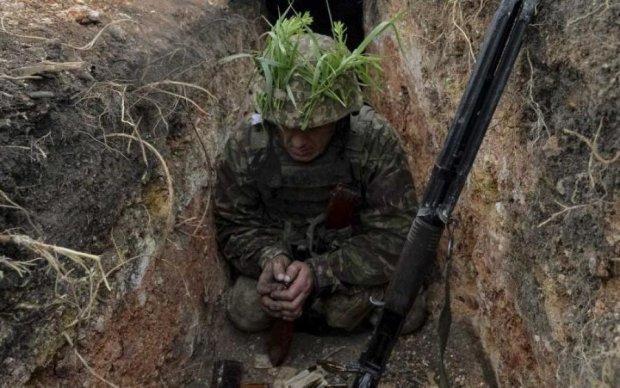 Доба в АТО: бойовики подвоїли зусилля після Великодня, Україна втрачає героїв
