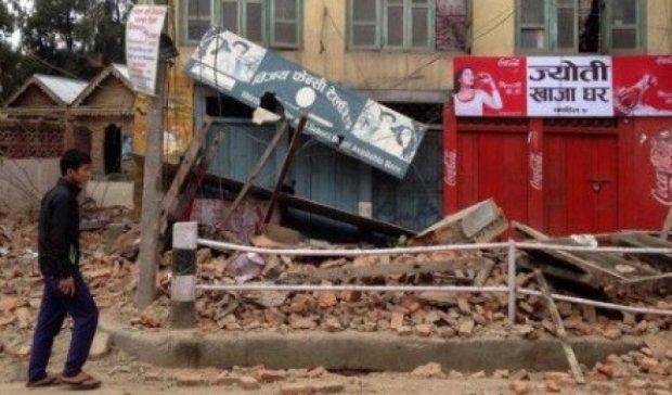 Пораненого українця знайшли під завалами у Непалі