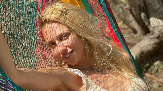 Оля Полякова, фото Lifestyle