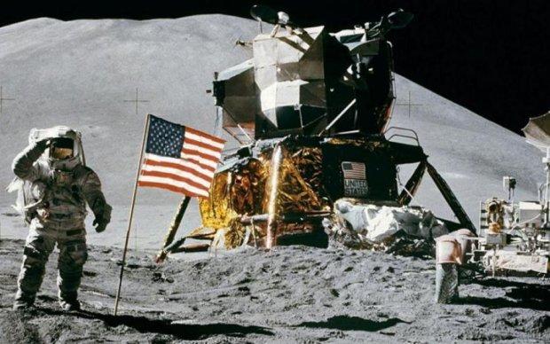 NASA дозволить кожному бажаючому прогулятися по Місяцю: відео