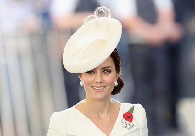 """Кейт Миддлтон превратилась в принцессу Диану и заворожила фанатов: """"Нежность спасет мир"""""""