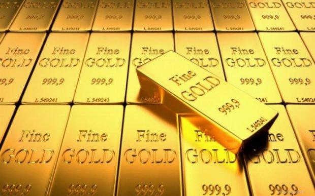 Росіянина засудили за знайдені у шкарпетках 8 кг золота