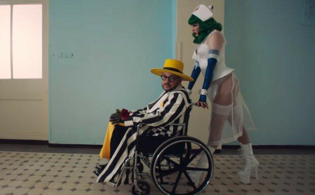 """53-річний Філіп Кіркоров в інвалідному візку зізнався у зраді: """"Підступна і сексуальна"""""""