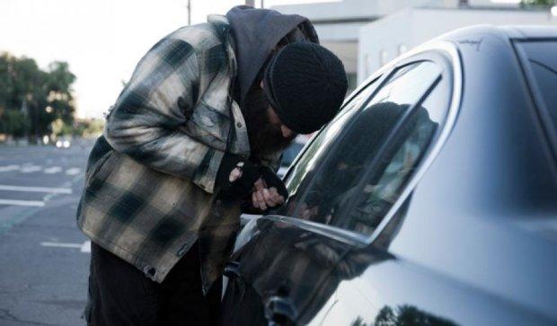 На Полтавщине осудили мужчину за ограбление помощника нардепа