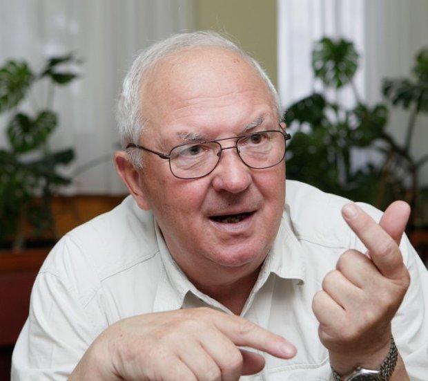 Скипальский считает, что социальные стандарты для военнослужащих занижались умышленно