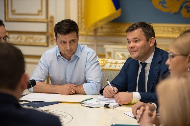Юрий Атаманюк рассказал, что должен сделать Зеленский в первые 100 дней: программа спасения